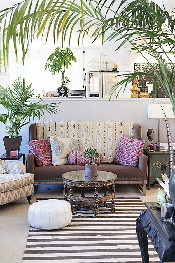3. Bohemian-Chic-Living-Rooms-02-1-Kindesign