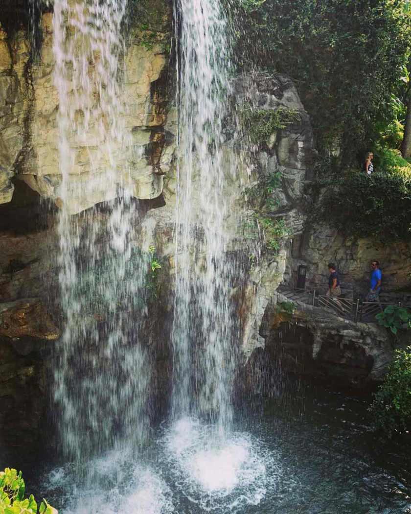 waterfallHK_web