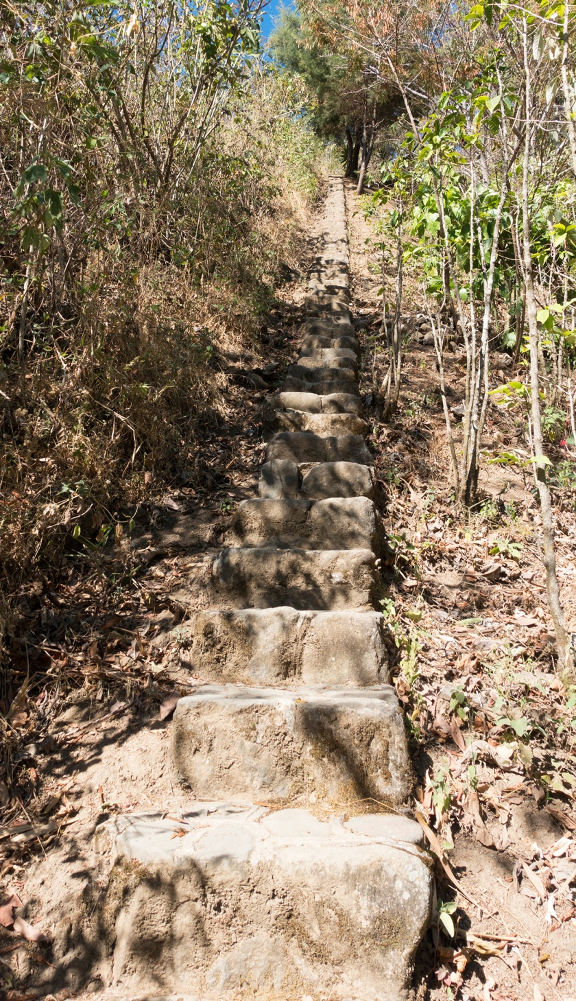 Gua_SM_stairs_web