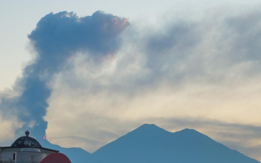 Gua_volcano_web